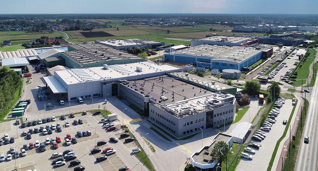 SPEC BAU POLSKA - Generalny wykonawca inwestycji budowlanych | Rozbudowa fabryki Magna Formpol w Tychach